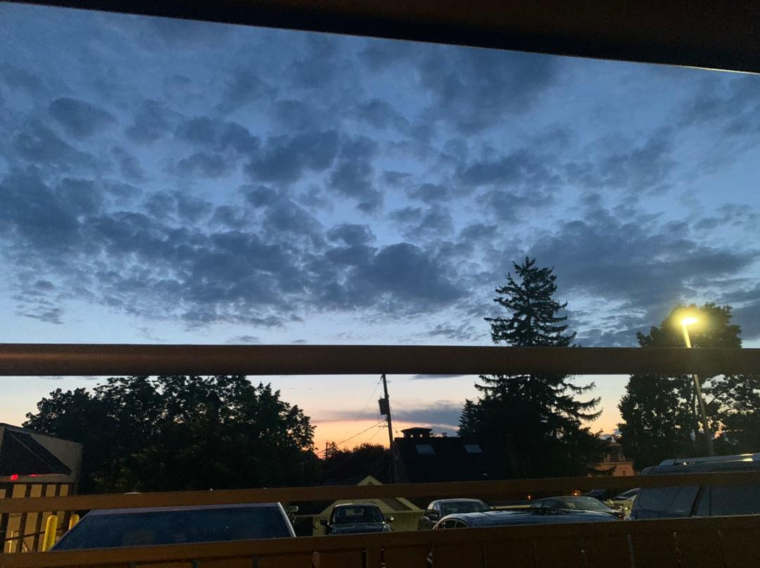 昨天从阳台看出去的天