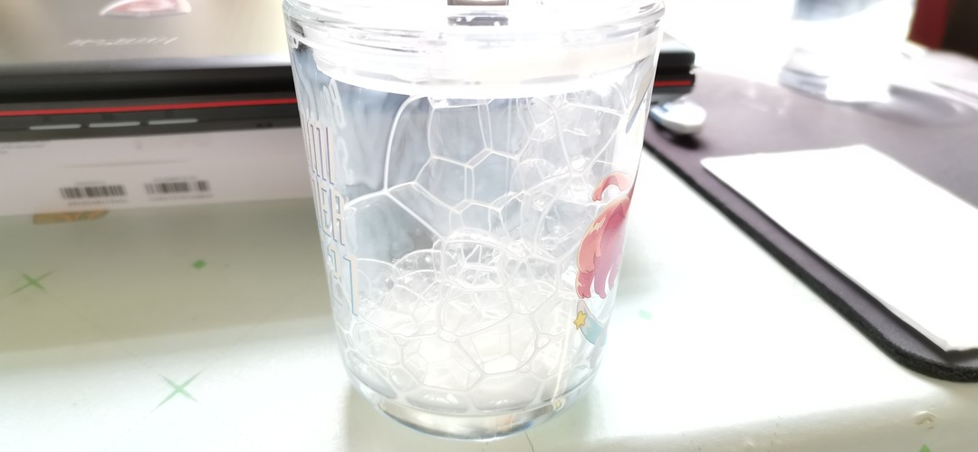 【Bangumi在手,天下我有!~】终于收到了心心念念痴想的夏日纪念水杯,开心Joying!... Xq