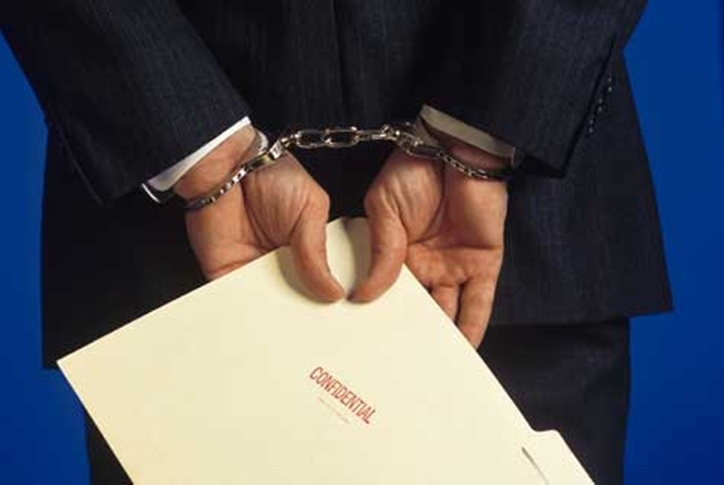 Lawyer-Singapore: Why hire us to help you on criminal and fraud cases?
