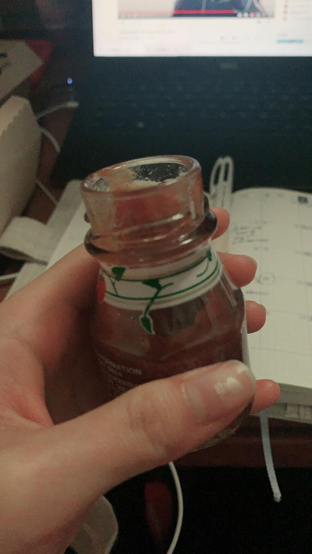 食堂不知道为什么忽然给了番茄酱新包装