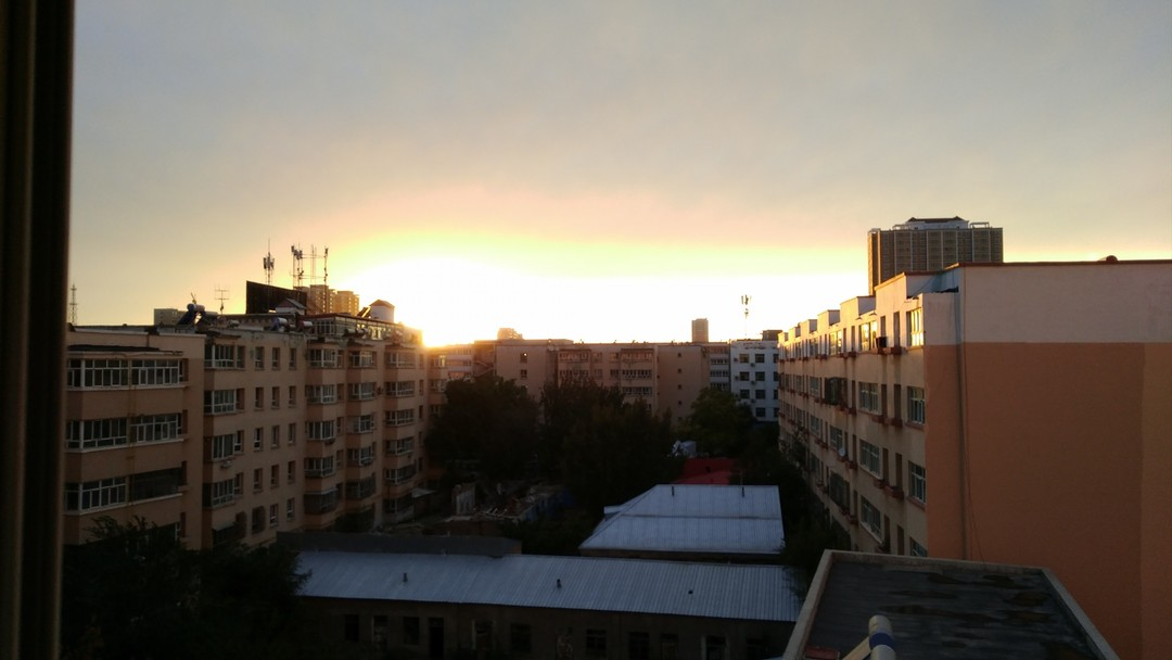 当光降临这座城市!——