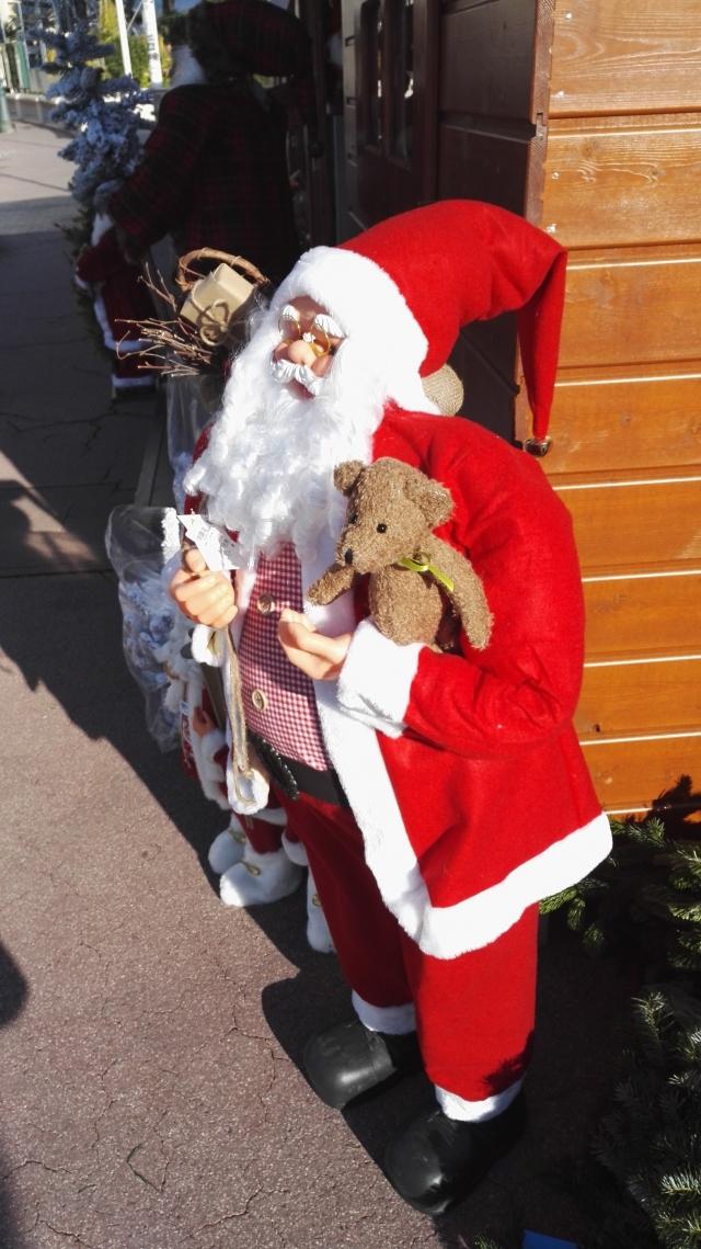 摩纳哥的圣诞气氛也开始浓起来了。。。。