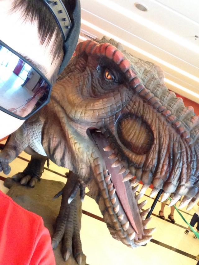 下午看的侏罗纪还是挺带感的
