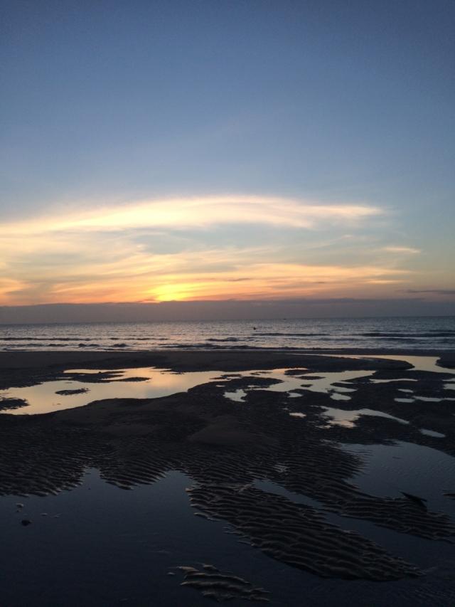 没错,周末又出去浪了,广西北海。