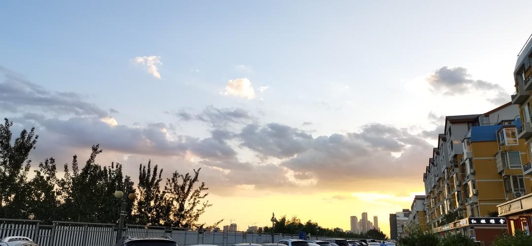 终于做到了!跑步横跨北京四环!一路上遇到了很多美丽风景...✨(>◡❛)