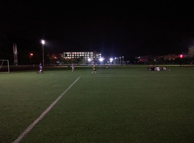 晚上回来学校玩,怀念以前的大学时光