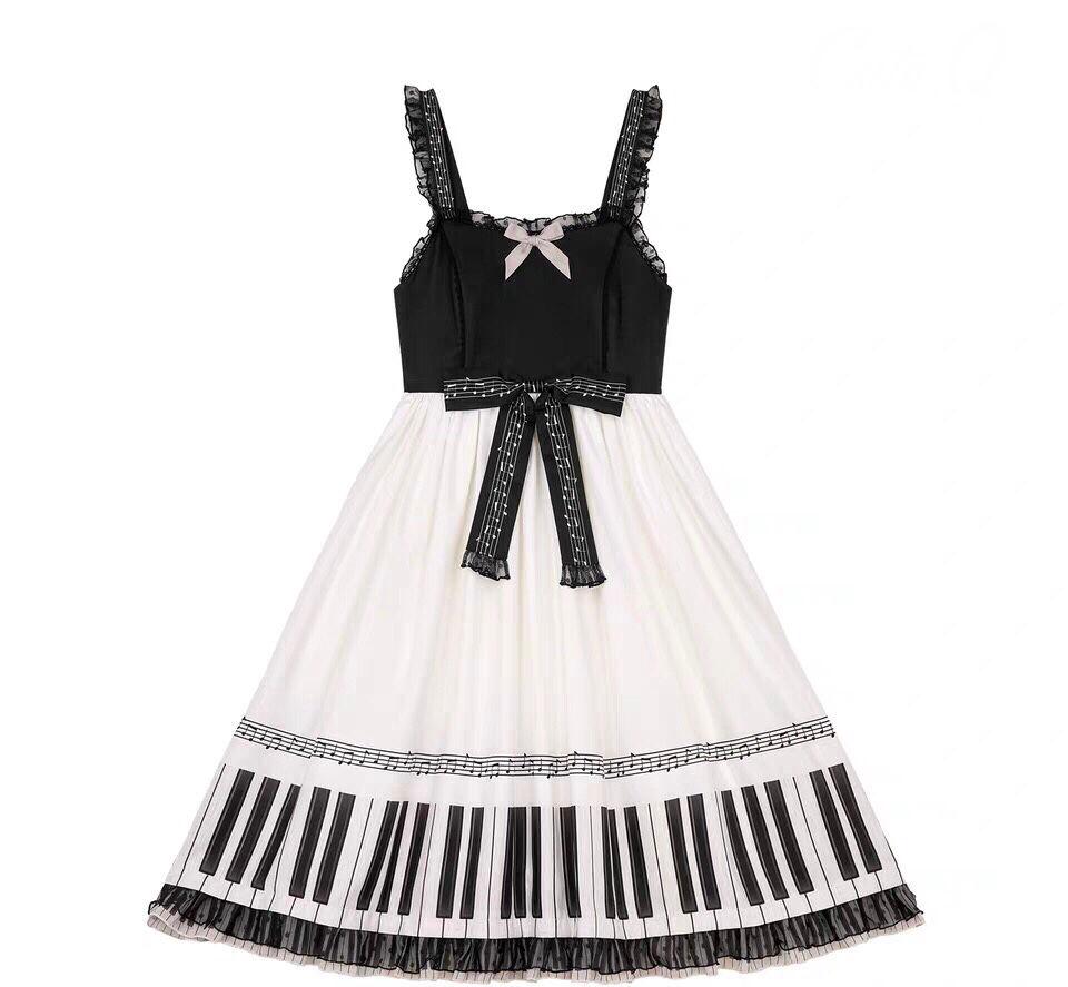 喜欢弹钢琴的人会喜欢这样的裙子吗?我对这个图案感觉一般。但是哥哥很喜欢钢琴...